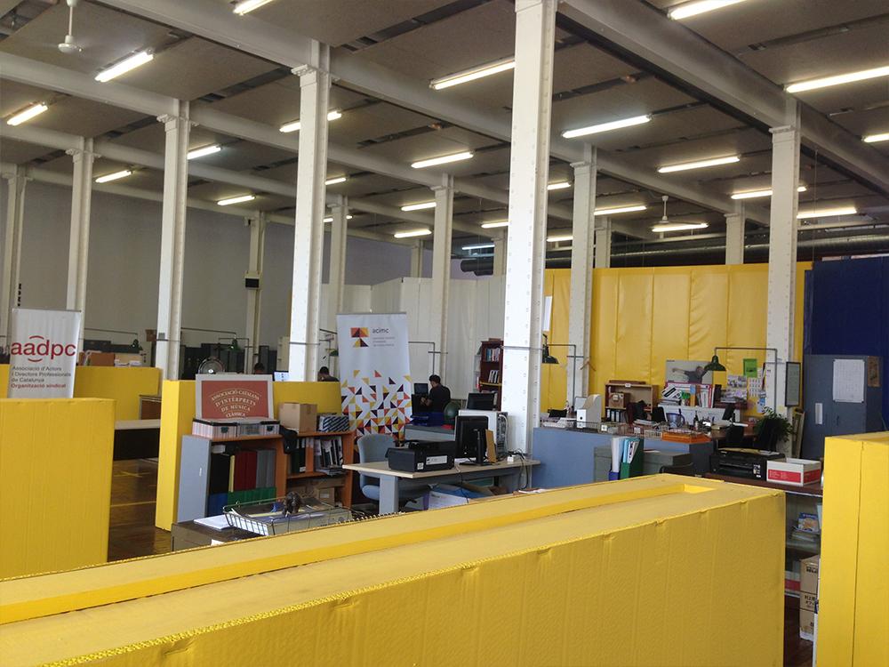 Fábrica de Creació, 예술가협회들이 사용하는 사무공간