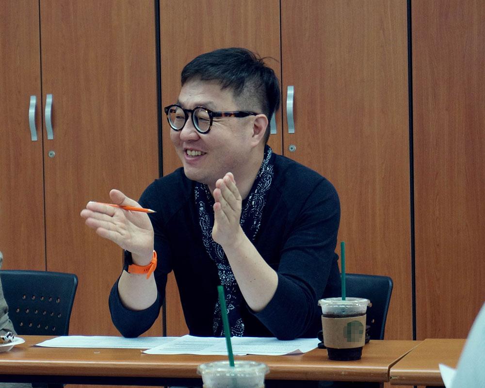 국립박물관문화재단의 김영균 팀장(좌)과 한국공예디자인문화진흥원 오윤서 팀장(우)
